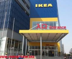 IKEA立川店の正面入口